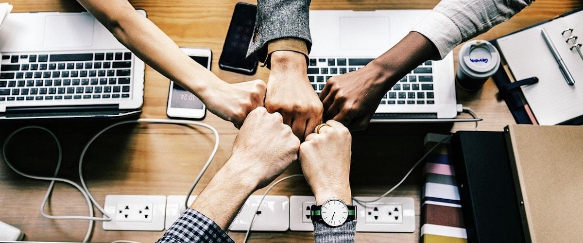 Team-building-economico-spendere-non-sempre-paga